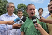 Autoridades visitam anel viário em Barra, obra segue com duas frentes de serviço