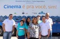 Carreta Cinema exibe primeira Sessão em Barra do Garças