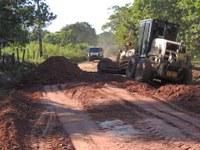 Continua a recuperação de estradas na zona rural de Barra do Garças