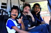 Crianças ganham concurso, vivem dia de policial e voam com Ciopaer