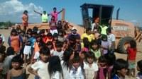 Equipes iniciam recuperação de estradas nas aldeias