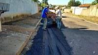 Equipes intensificam tapa buracos e recuperação e limpeza de vias públicas em Barra