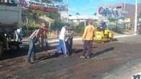 Prefeitura avança tapa-buraco em Barra do Garças com intervalo da chuva