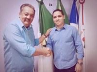Rafael Piovezan firma parceria para curso gratuito para vereadores