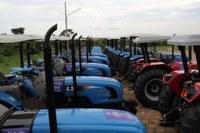 Seaf entrega R$ 4 milhões em equipamentos para agricultura familiar nesta sexta