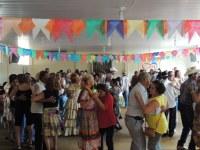 Secretaria de Ação Social promove festa Junina para melhor idade em Barra do Garças