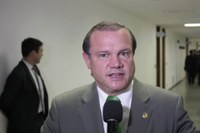 Senador incentiva modernização do Legislativo