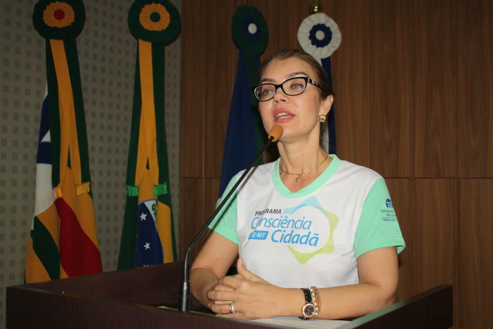 TCE capacita agentes públicos e políticos de Barra do Garças e região