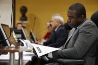 TCE multa gestor de Barra do Garças por falhas em contratos para reforma de escolas