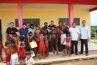 AMAD distribui cestas básicas em Aldeia Indígena