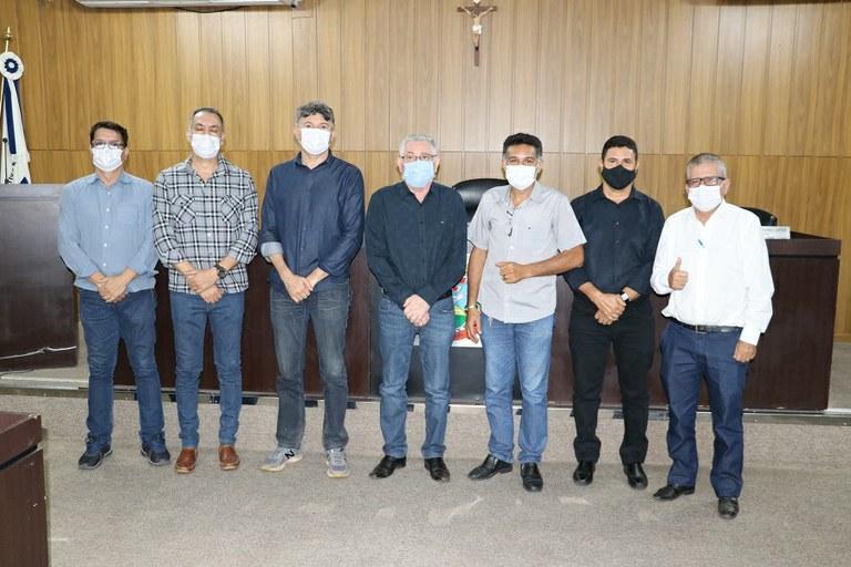 Câmara de Barra do Garças recebe visita do Dep. Federal José Medeiros
