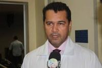 Câmara outorga título de cidadania barra-garcense ao Oncologista Eduardo Marques Lima