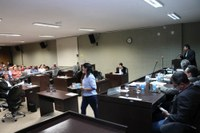 Câmara realiza 9ª sessão; vereadores derrubam dois vetos do prefeito