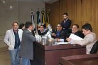 Câmara realiza sessão e vereadores aprovam três decretos do Executivo