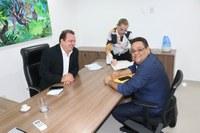 Dr. Neto leva demandas de Barra do Garças ao deputado estadual Max Russi