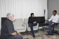 O Presidente da Câmara de vereadores se reuniu com o gerente do Banco do Brasil em busca de soluções para o combate ao Covid-19 na cidade de Barra do Garças