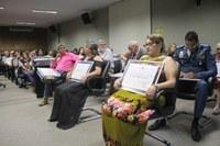 Sessão Solene entrega 11 Títulos de Cidadania Barra-garcense